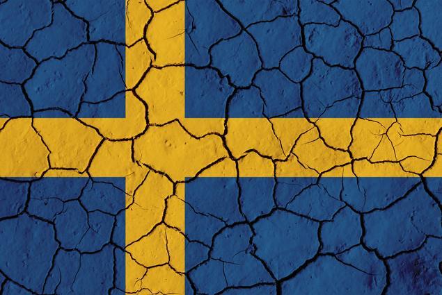 Schwedische Flagge rissig