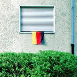 Fahne aus dem Fenster