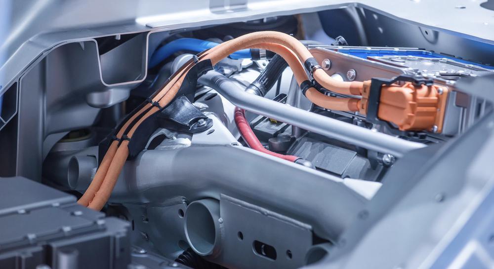 Elektromotor in einem Auto.
