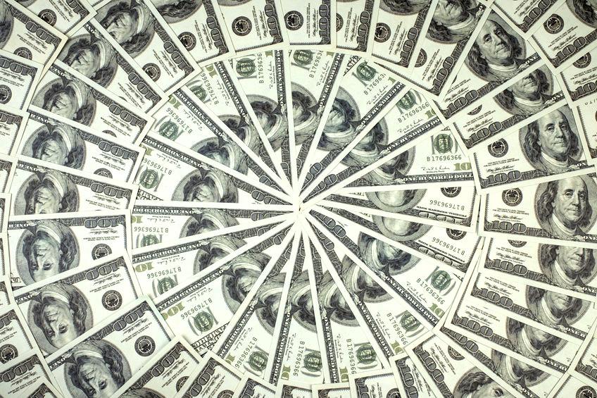Eine Rosette aus 100-Dollar-Noten.