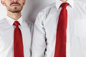 Männer mit Schlips