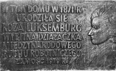 Gedenktafel an Luxemburgs Geburtshaus.