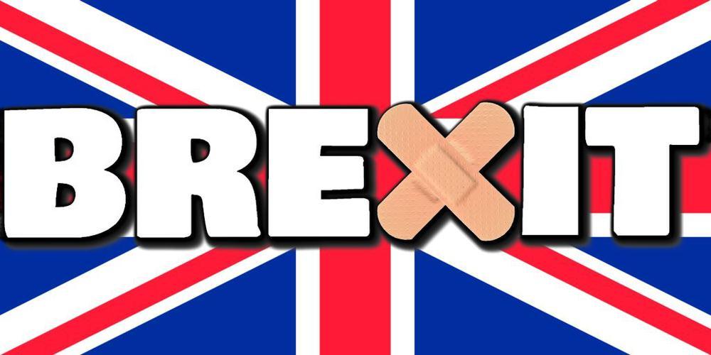 Britische Flagge, davor der Schriftzug Brexit, das X als sich kreuzende Pflaster dargestellt.