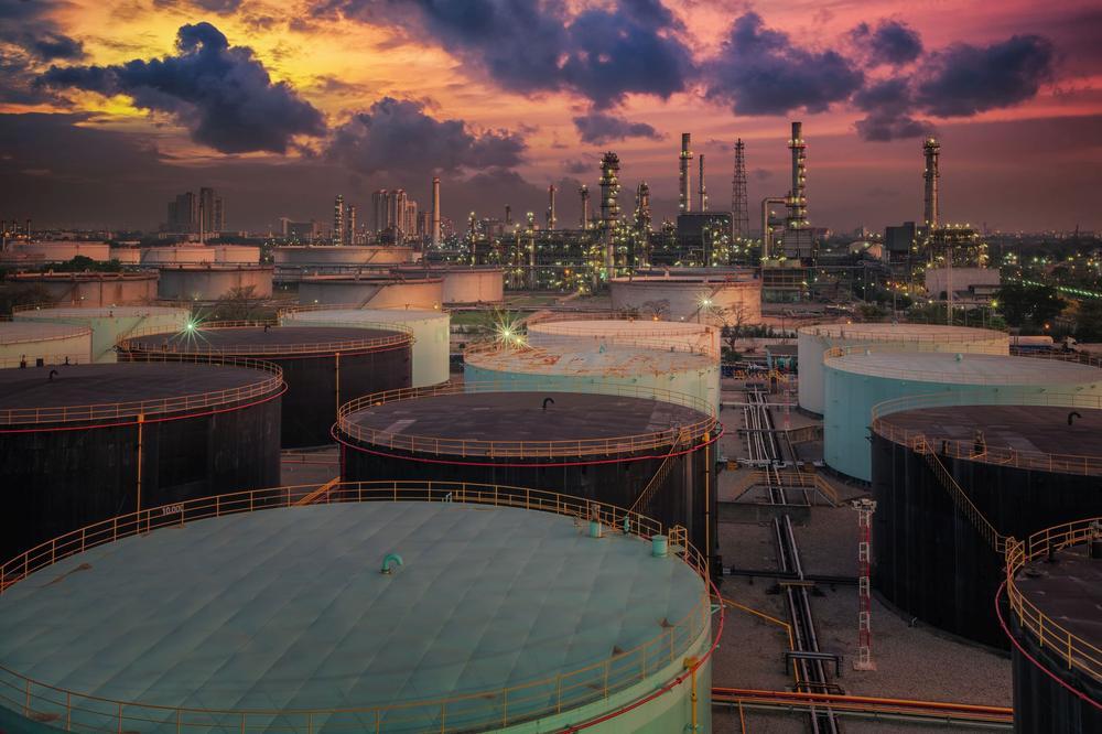 Erdölraffinerie in Iran.