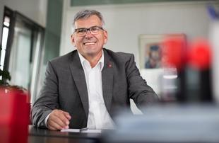 Porträt Jörg Hofmann